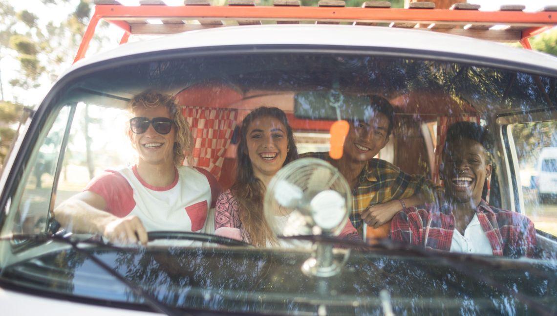 back-packer-vans-Queensland